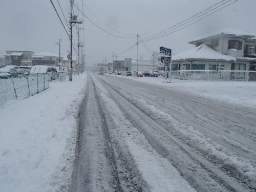 群馬県前橋市除雪作業前